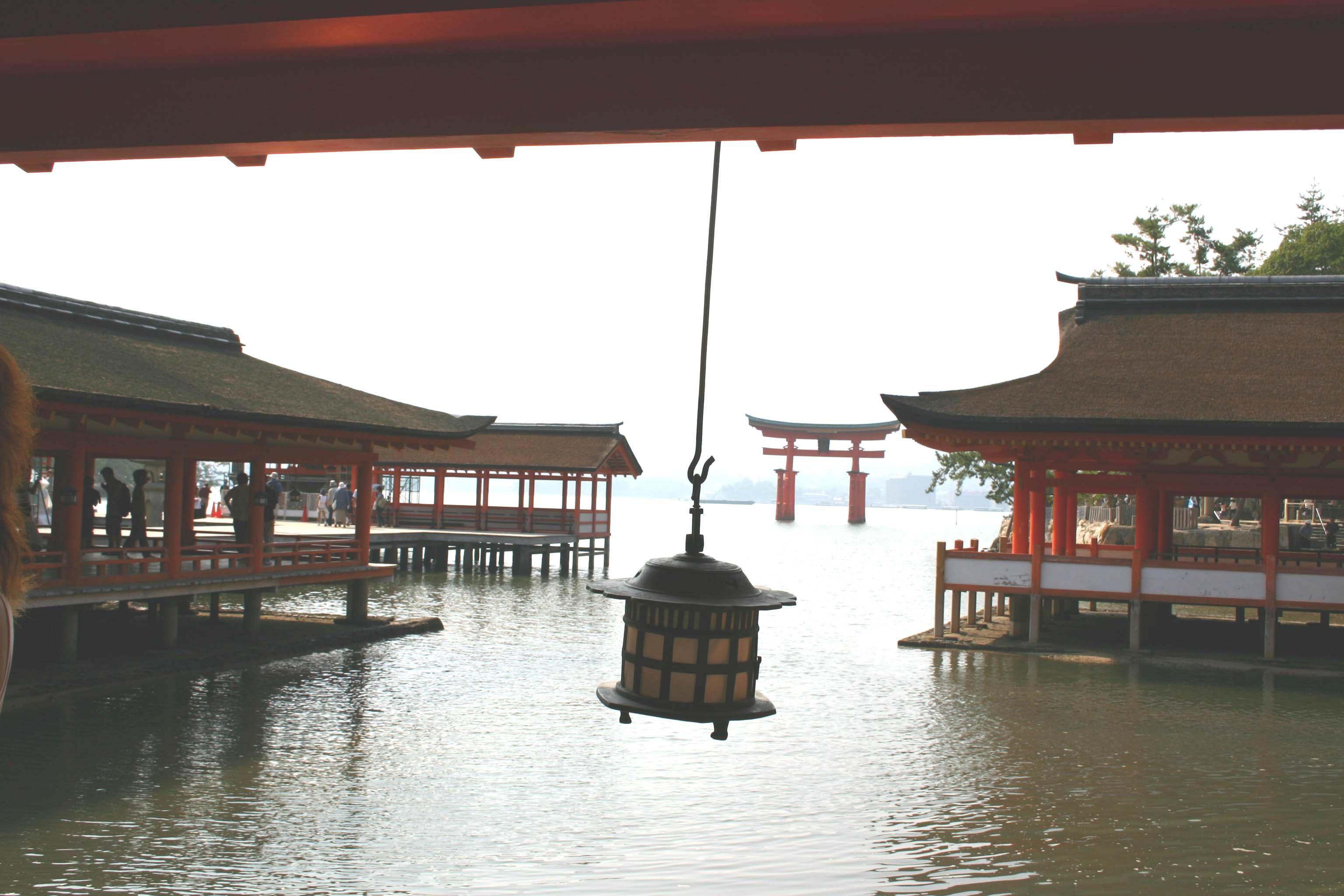 36厳島神社