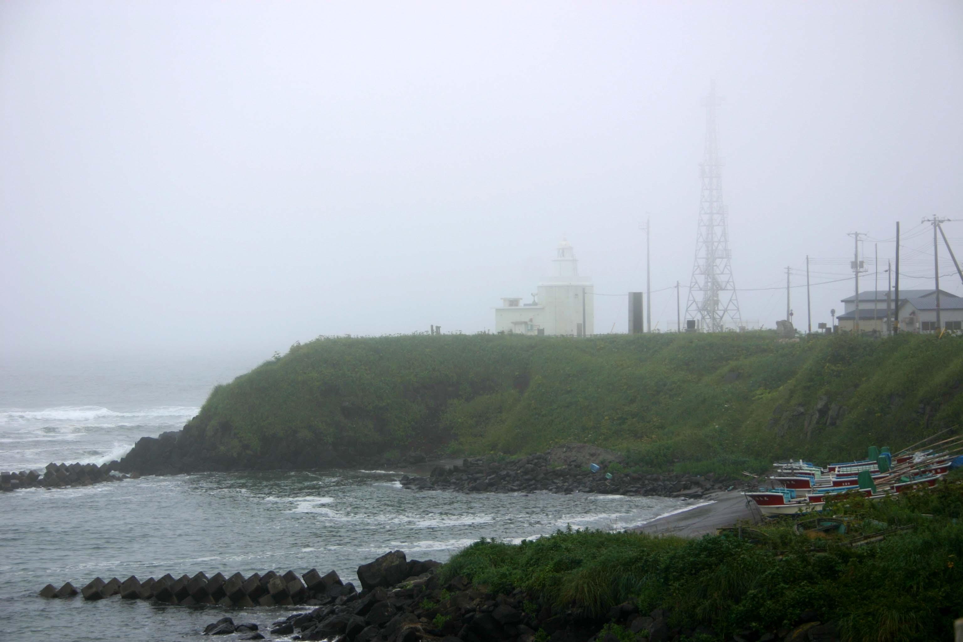 18霧笛がむせび泣く納沙布岬