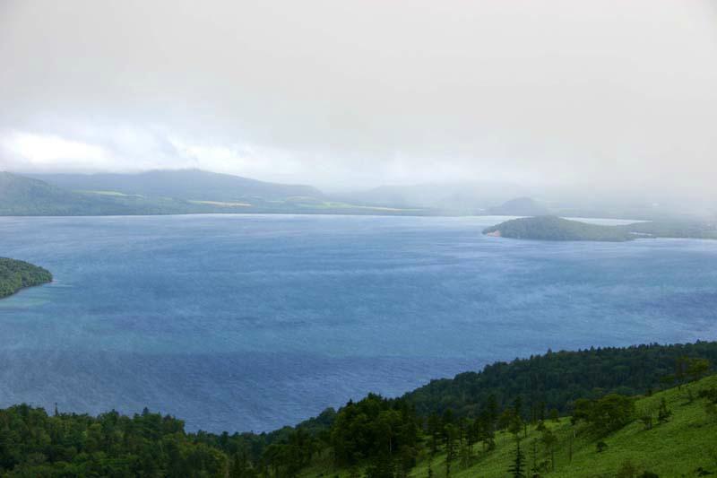 019kussharo-lake_under_mihoro-peak